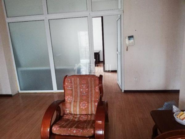 金城大厦 3室2厅2卫 133㎡ 租价22000元/年